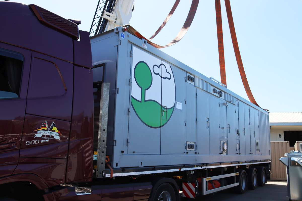 Loading of the second EnviThan Container for Estonia